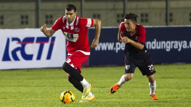 Reyes, en el amistoso disputado ante el Pelita en Indonesia