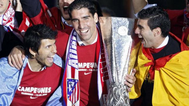 Reyes tras ganar la Liga Europa con el Atlético