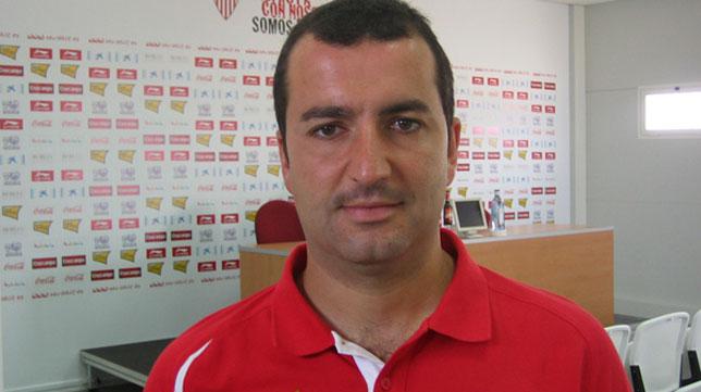 Diego Martínez es el entrenador del Sevilla Atlético