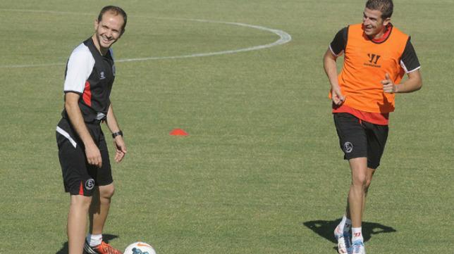 Javi García en un entrenamiento con Varas (Foto: SFC)
