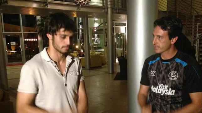 Alejandro Arribas y Unai Emery en el Hotel de Neuruppin