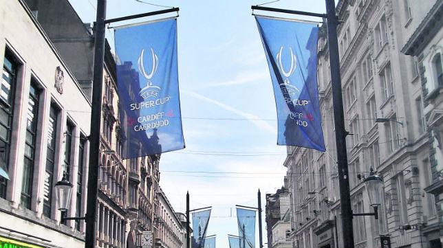 Calles de Cardiff engalanadas para la Supercopa de Europa