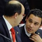 Castro y José María Del Nido Carrasco, en una junta del Sevilla