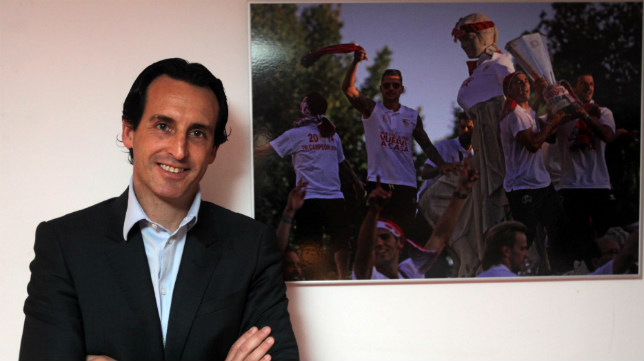 Unai Emery posa para ABC (Foto: Raúl Doblado)