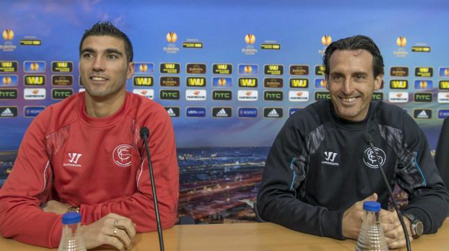 Emery y Reyes, en una rueda de prensa de la UEFA del Sevilla FC