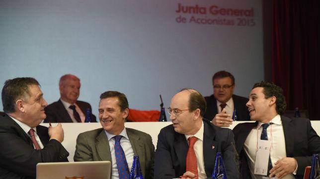 José María Cruz, José Castro y José María del Nido Carrasco (Foto: Jesús Spínola)