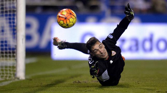 Sergio Rico, en el Deportivo-Sevilla FC