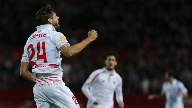 Llorente celebra un gol en el Sevilla -Molde (Foto: EFE)