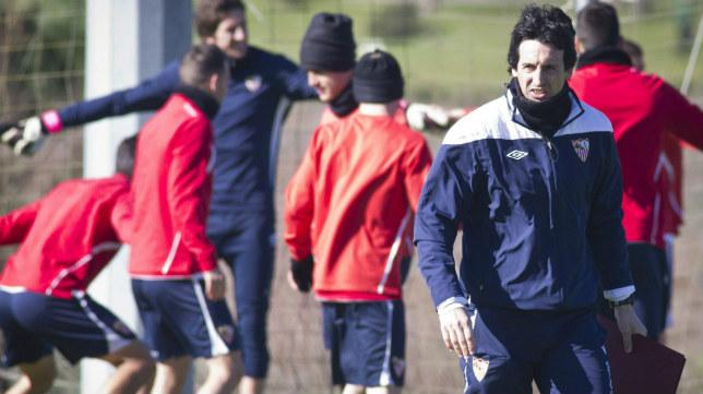 Emery, en la concentración del Sevilla FC en El Rompido en 2013
