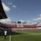 El Sánchez-Pizjuán vistió sus mejores galas para el Sevilla FC-Betis de la pasada campaña (Foto: Juan José Úbeda)
