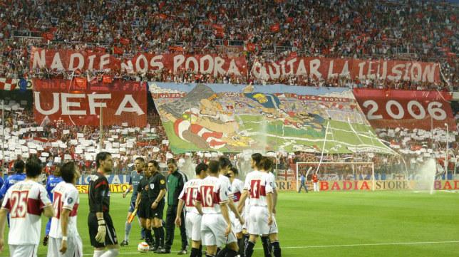 Tifo durante el Sevilla-Schalke 04 de 2006