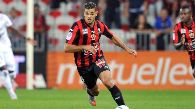 Hatem Ben Arfa en un partido con el Niza