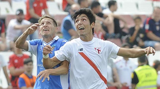 Borja Lasso, durante el Sevilla Atlético-Lleida (FOTO: Jesús Spínola)