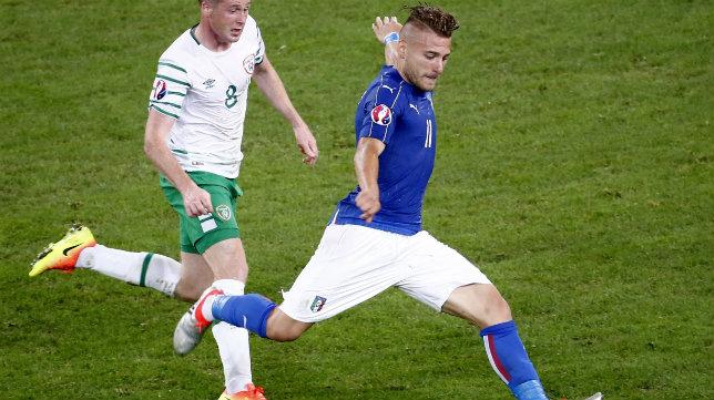 Immobile dispara ante la presencia de McCarthy en el Italia-Irlanda