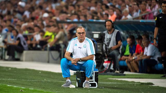 Bielsa, en un partido con el Olympique de Marsella (foto: AFP)
