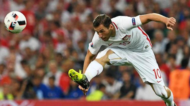 Krychowiak en su último partido de la Eurocopa, ante Portugal