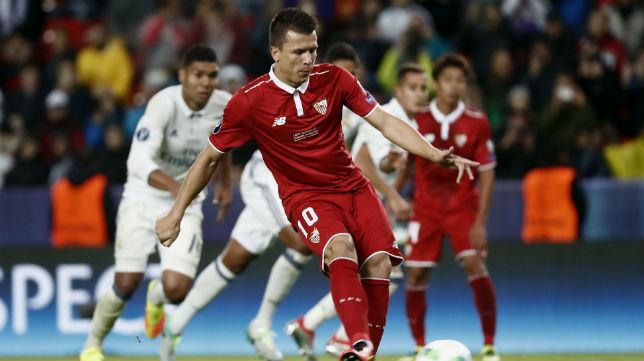 Konoplyanka lanza el penalti del 2-1 ante el Real Madrid en Trondheim (foto: AFP)