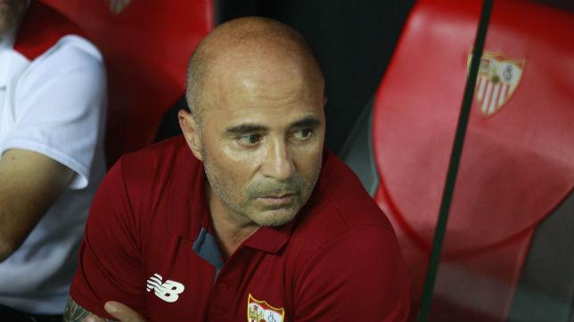 Jorge Sampaoli, durante un partido del Sevilla (foto: Raúl Doblado)