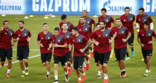 Los jugadores del Sevilla, ayer en el Juventus Stadium