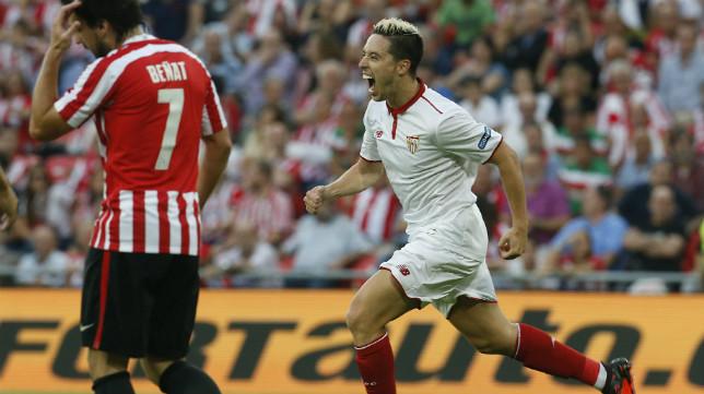 Nasri celebra su gol en San Mamés ante el Athletic