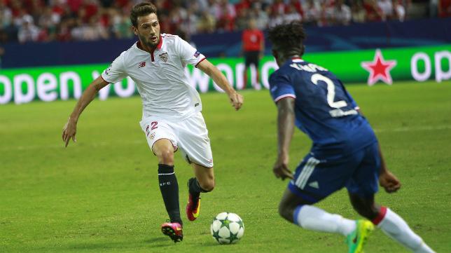 Franco Vázquez, durante el Sevilla FC-Lyon. Foto: Raúl Doblado