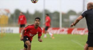 Afif, en un entrenamiento del Sporting (Foto: Citoula)