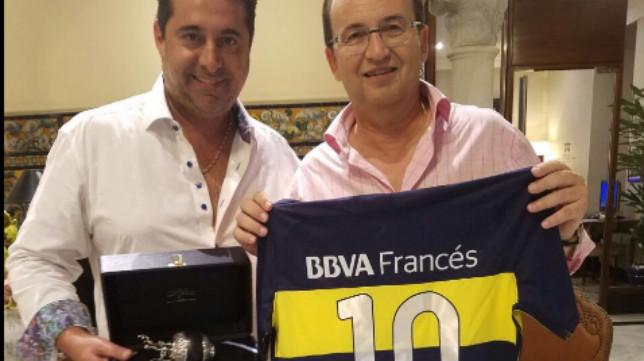José Castro y el presidente de Boca Juniors, Daniel Angelici