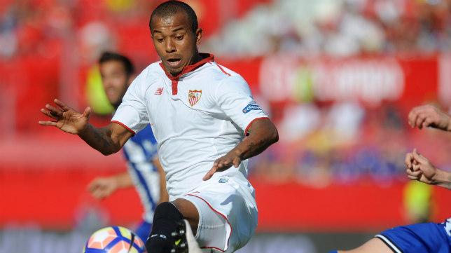 Mariano, durante el Sevilla FC-Alavés