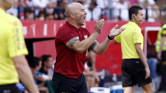 Sampaoli, durante el Sevilla FC-Alavés