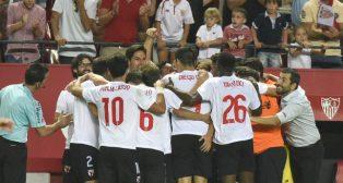 Los jugadores del Sevilla Atlético celebran un gol en el Sánchez-Pizjuán