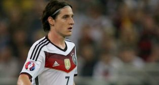 Sebastian Rudy, con Alemania