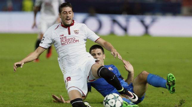Escudero, en el Sevilla FC-Dinamo