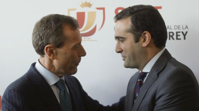 Emilio Butragueño y Jesús Arroyo, directivos del Real Madrid y el Sevilla FC respectivamente