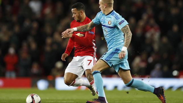 Depay, en un partido del Manchester United (Foto: Reuters)