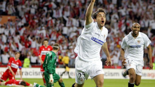 Maresca celebra uno de sus dos goles al Middlesbrough en la fina de la Copa de la UEFA de 2006