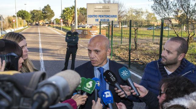 José María del Nido, a la salida del la cárcel (Foto: Alberto Díaz)