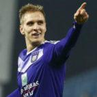 Teodorczyk celebra un gol con el Anderlecht