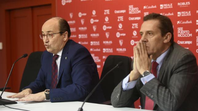 José Castro y José María Cruz, en un acto del Sevilla (Foto: Jesús Spínola)