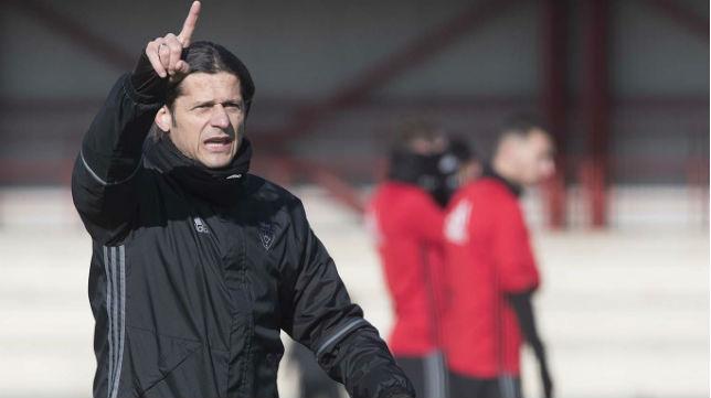 Vasiljevic, entrenador del Osasuna (Foto: www.osasuna.es)