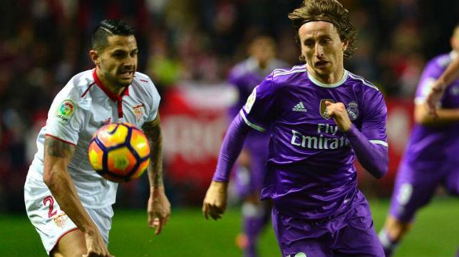 Vitolo con Modric