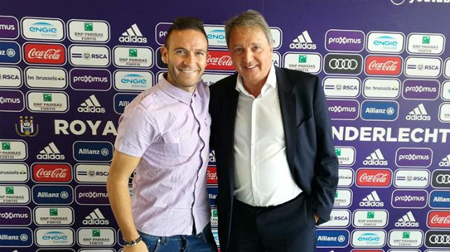 Diego Capel, en su presentación con el Anderlecht