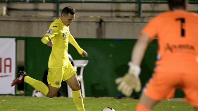 Cheryshev conduce el balón en un partido de la Copa del Rey ante el Toledo (Foto: Ismael Herrero)