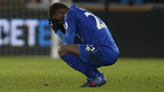 Demarai Gray, abatido tras la derrota del Leicester
