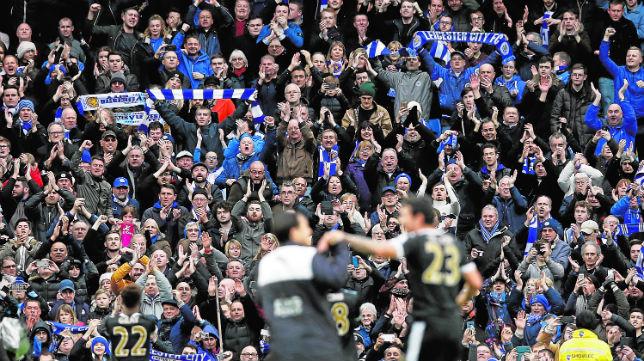 Aficionados del Leicester en un partido de su equipo