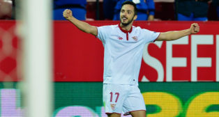 Sarabia celebra su gol ante el Eibar