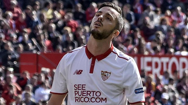 Sarabia se lamenta en un lance del partido ante el Villarreal