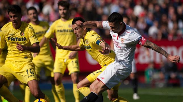 Vitolo dispara en el Sevilla-Villarreal