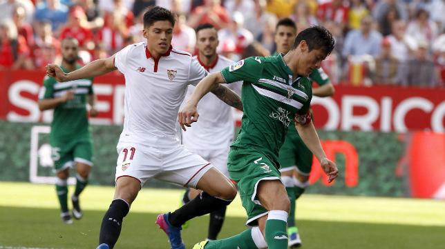 Correa, en un lance del Sevilla FC-CD Leganés (Foto: J. M. Serrano)
