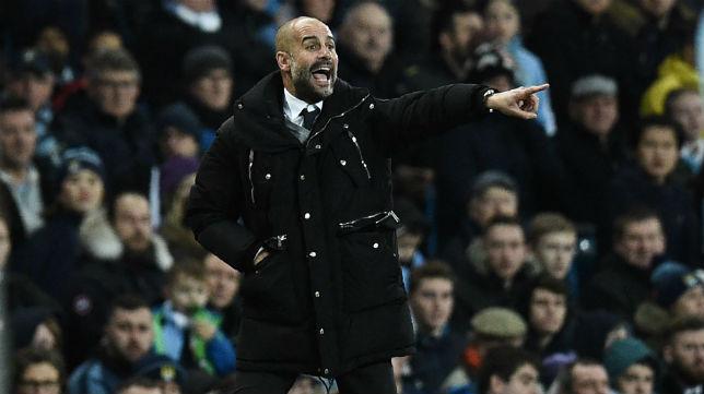 Guardiola, durante un partido con el Manchester City (Foto: AFP)