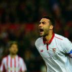 Vicente Iborra celebra un gol en el Sevilla-Athletic